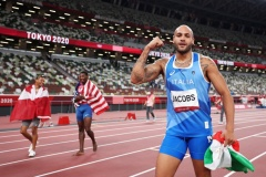 Jacobs wins men's 100m title in European record to secure extraordinary Italian double gold